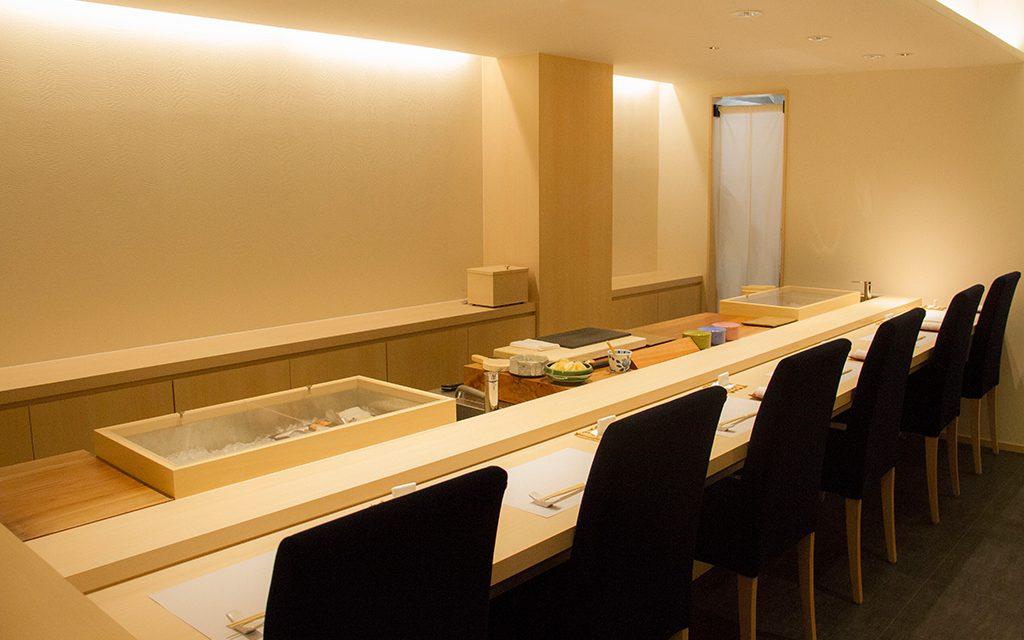 新潟 古町 鮨はたけやま 店内 カウンター